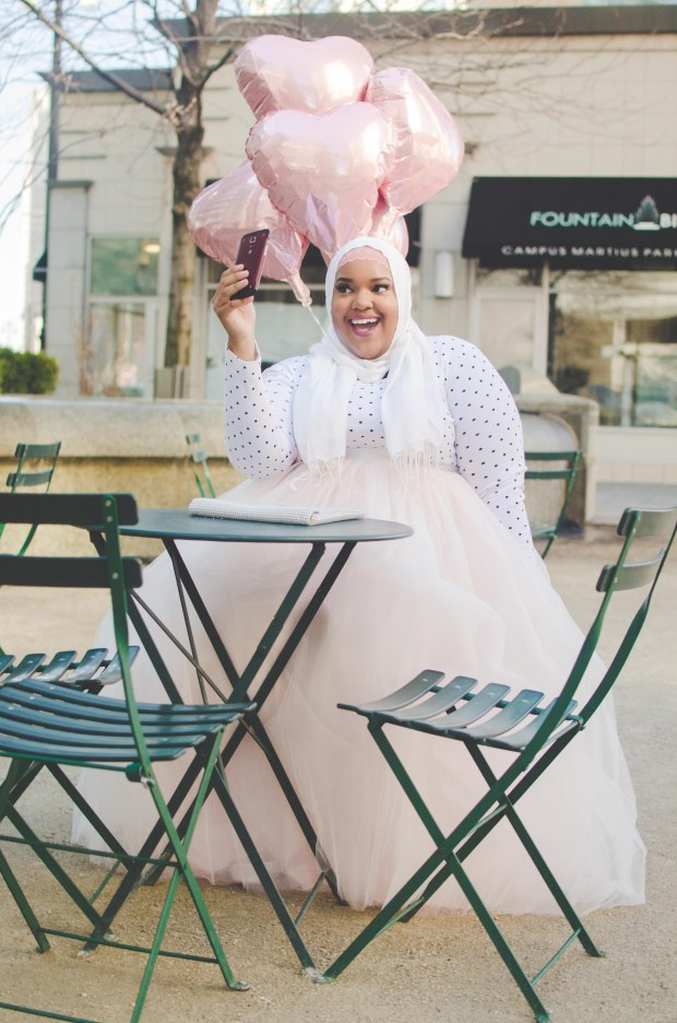 Detroit-Plus-Size-Style-blogger-muslim-girl-Eid-style
